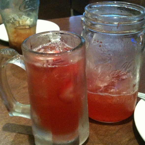 Strawberry Stormy Drink @ Logan's Roadhouse