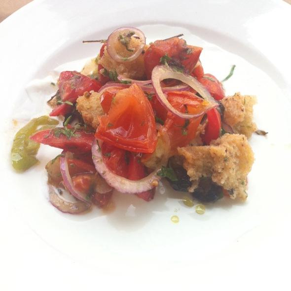 Tomatoes Salad @ צפון אברקסס