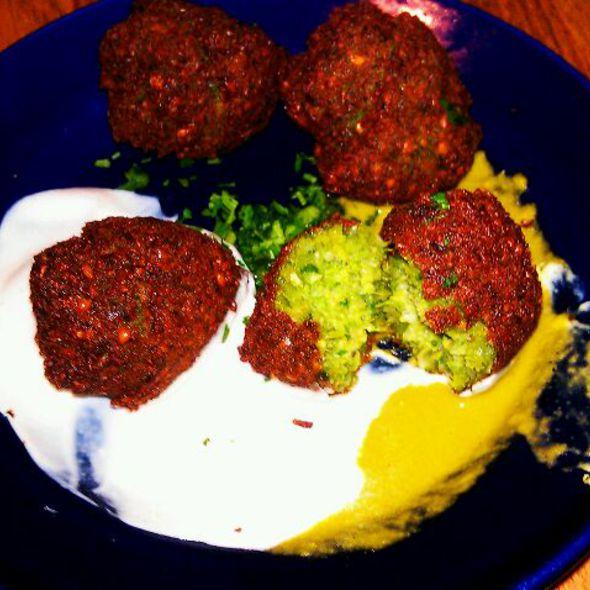 Falafel @ Hummus Place
