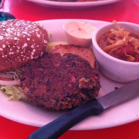Black Bean Burger @ Chicago Diner