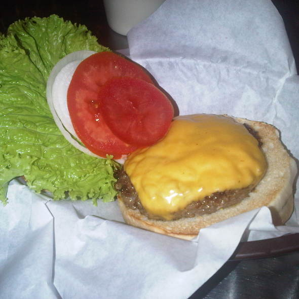 Black Angus Burger @ Charlie's Grind and Grill