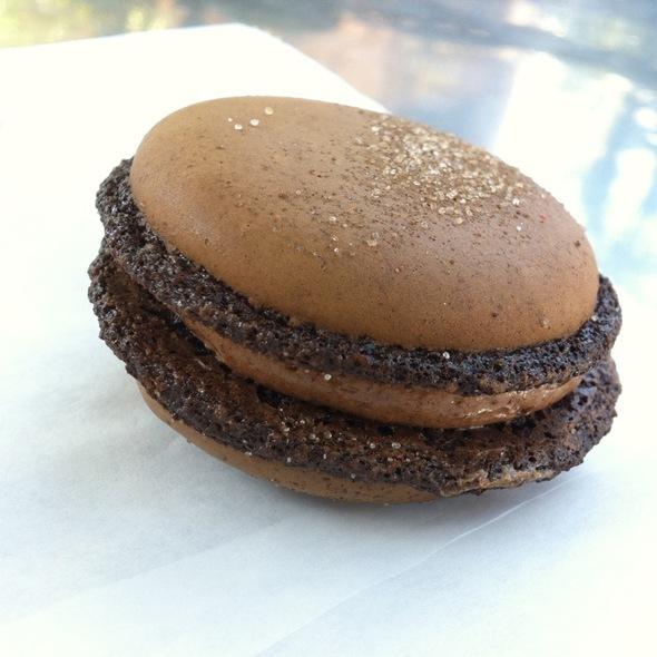 Mayan Chocolate Macaron  @ Pamplemousse Cafe