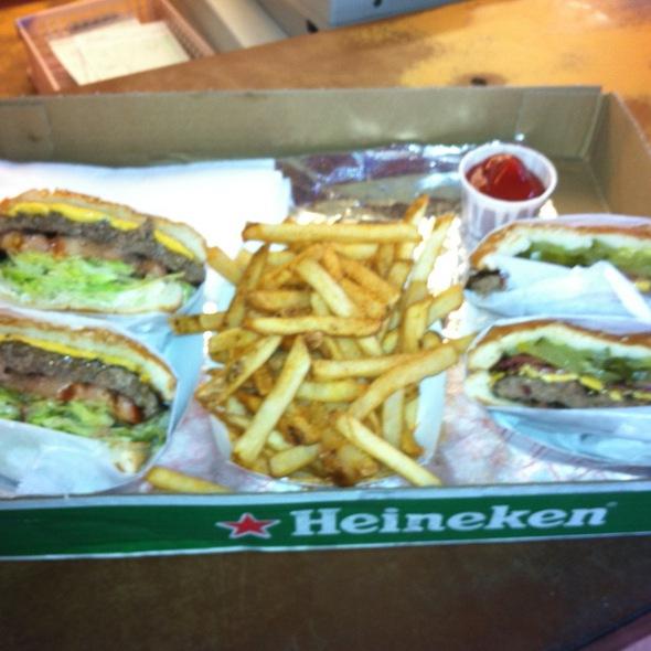 Burger @ Duane's Ono-Char Burger