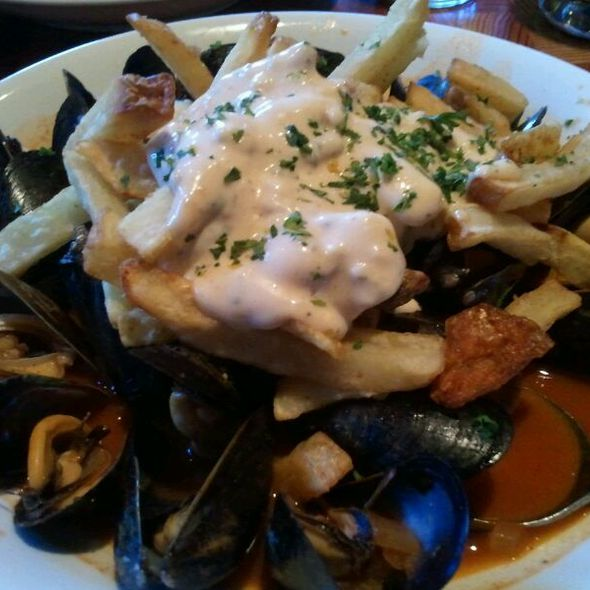Mussels And Fries - Yaletown Brewing Company, Vancouver, BC