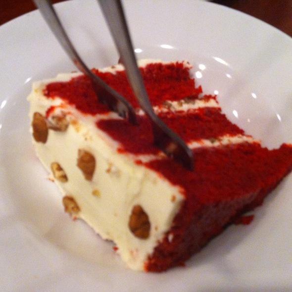 Red Velvet Cake @ Sandra Dee's Bar-B-Que-Seafood