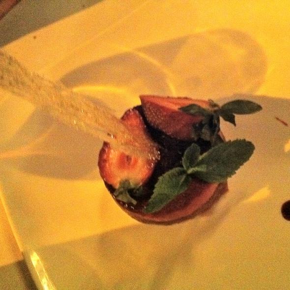 Parfait rhubarbe et creme a la fraise @ Restaurant Lilane