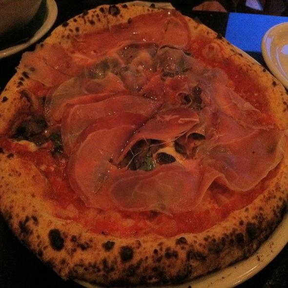Prociutto E Funghi @ Napoletana Pizzeria