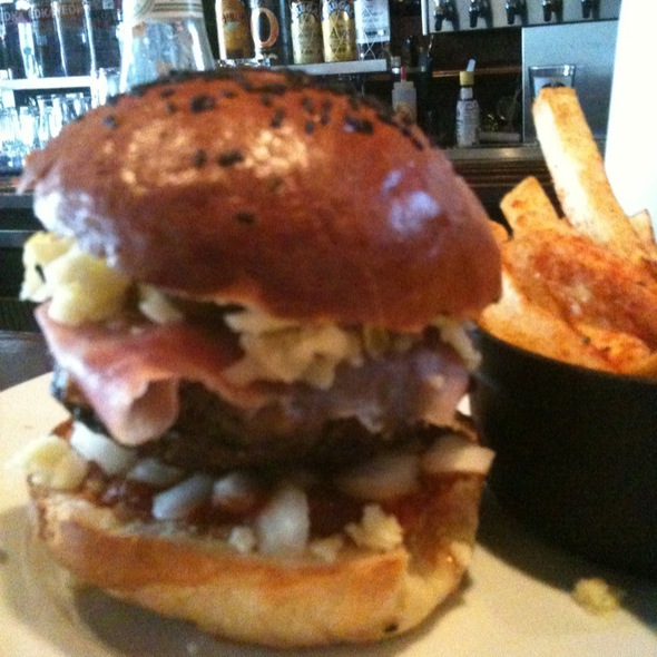 Cheeseburger @ the local craft food & drink
