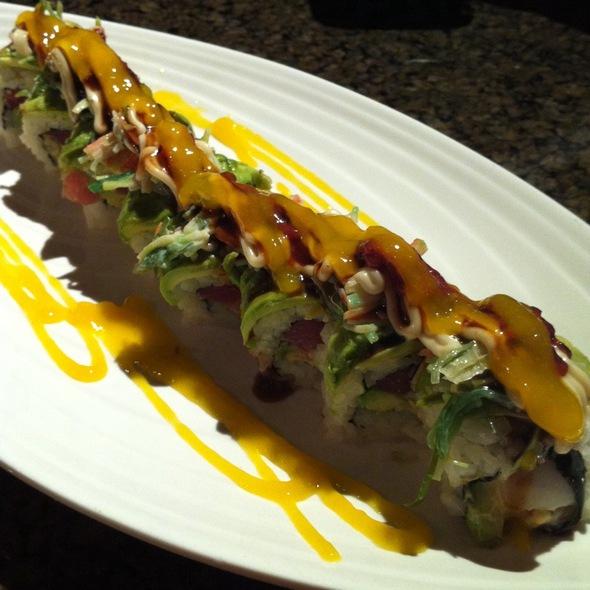 New Daimajin Roll - Daimajin Japanese Restaurant, Guaynabo, PR