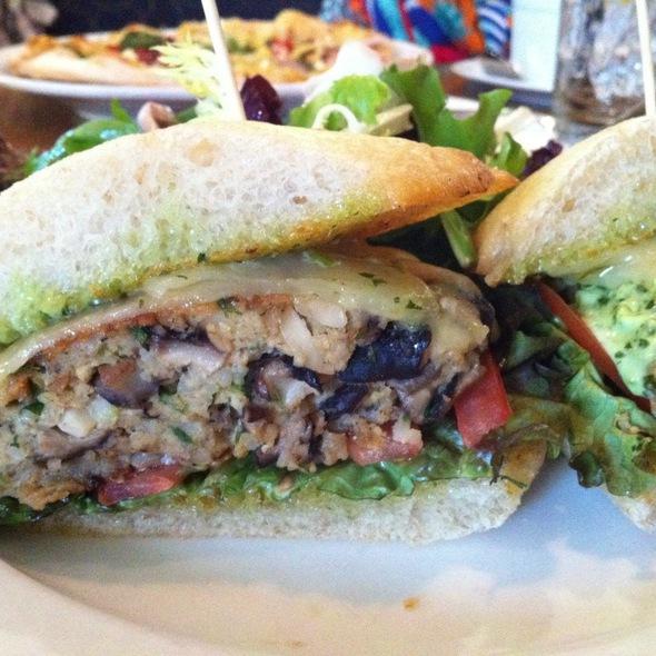 Veggie Burger - Bistro 33, Davis, CA