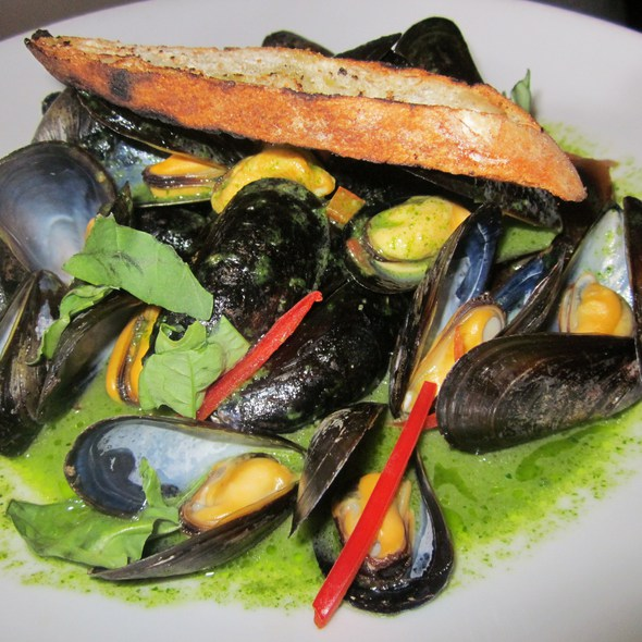 Mussels in Pesto Sauce @ One Market Restaurant