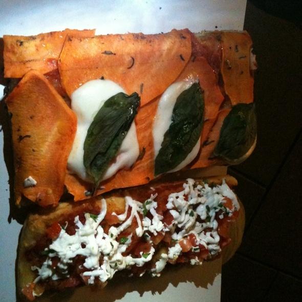 Yam & Mozzarella Pizza @ Tony Vespa