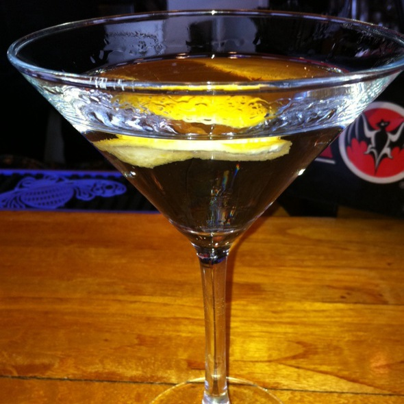 Dry Martini @ Montauk Yacht Club Resort & Marina