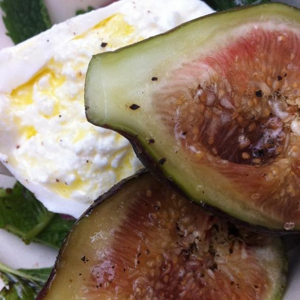 Burratta Mozzarella With Figs - Dina Rata, New York, NY