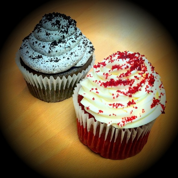 Cupcakes @ Highland Bakery
