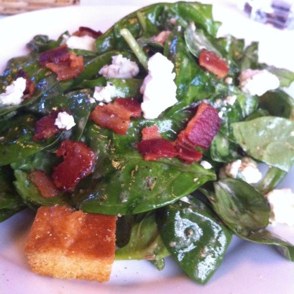 Spinach Salad @ Grünauer