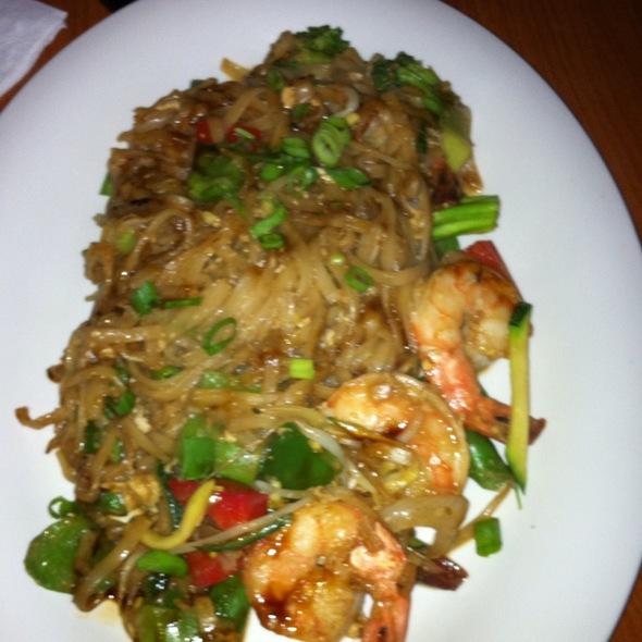 Vietnamese Noodles @ One Ten Thay