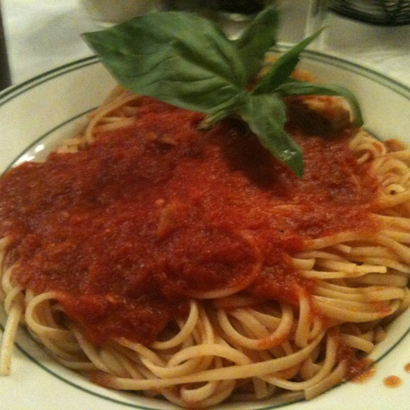 Linguini marinera @ Tony's DiNapoli