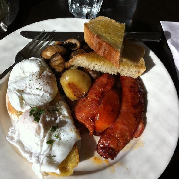 Maxi Breakfast @ Patagonian Toothfish