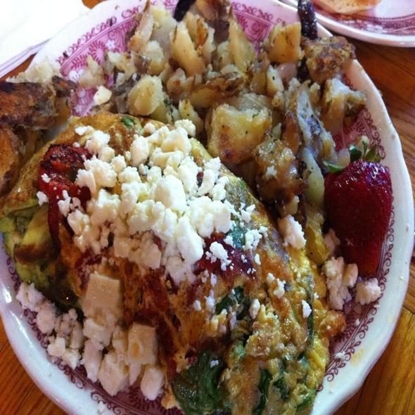 Veggie Omlette @ Heidi's Family Restaurant