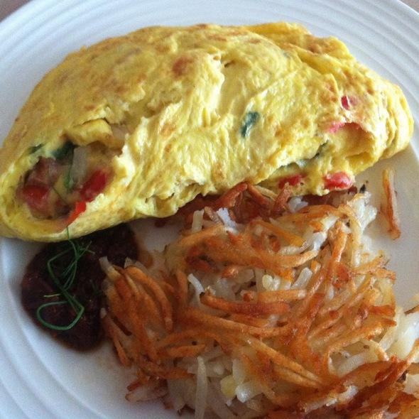 Scrambled Egg, Mushroom, Onion, Pepper Crepe @ Cafe Vettro (Aria)