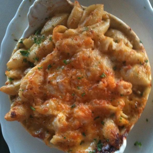 Three Cheese Crawfish Mac N' Cheese @ The Chimes