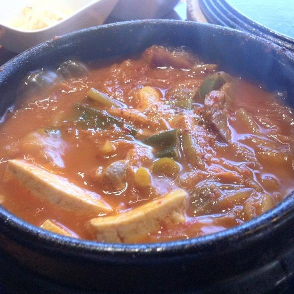Kimchi Jjigae @ Maru
