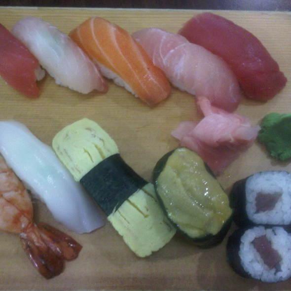 Nigiri Sushi @ Nihonbashitei
