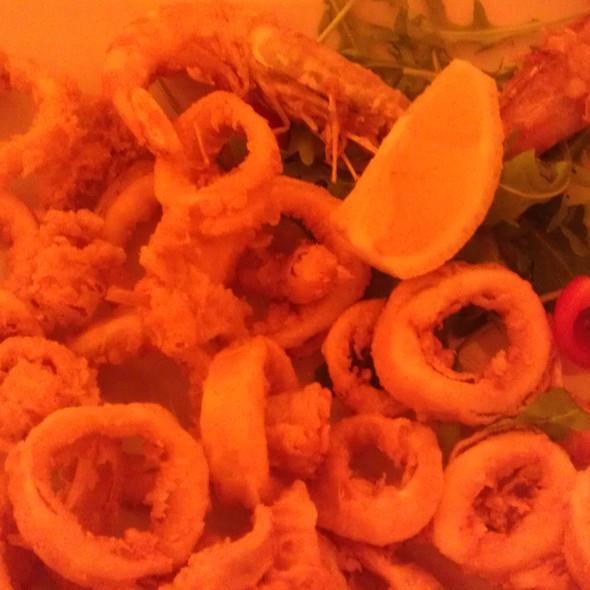 frittura di calamari e gamberi @ Locanda Del Principato