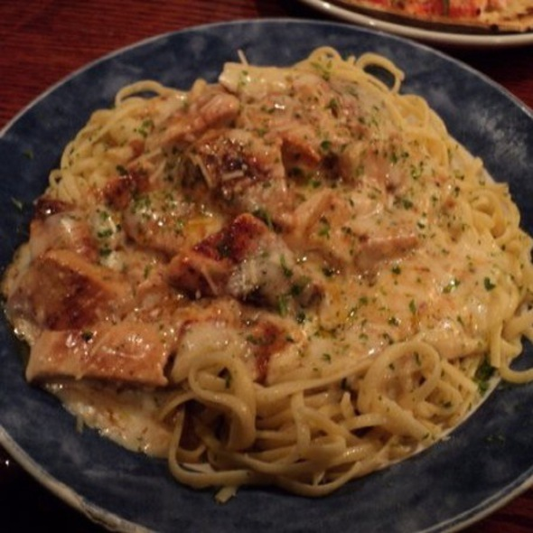 Cajun Chicken Linguini Alfredo @ Red Lobster