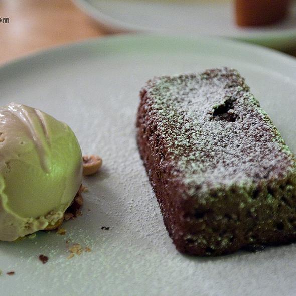 Molten Chocolate Cake @ Mis Trucos