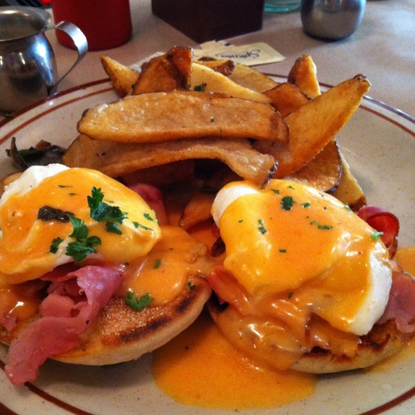 Eggs Benedict - Beehive, Boston, MA