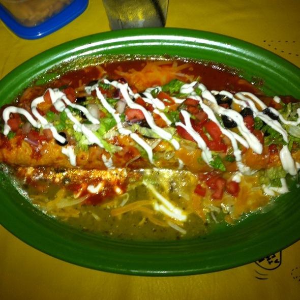 Fajita Burrito @ Senor Frog's