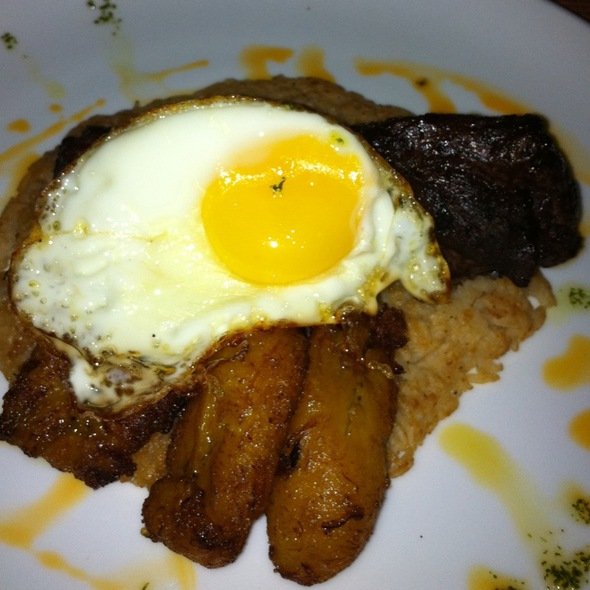 Lomo A Lo Pobre Con Tacu Tacu @ Panorama Restaurant & Sky Lounge