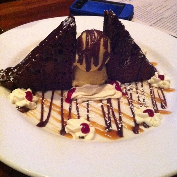 Brownie Sundae @ Bridge House Restaurant