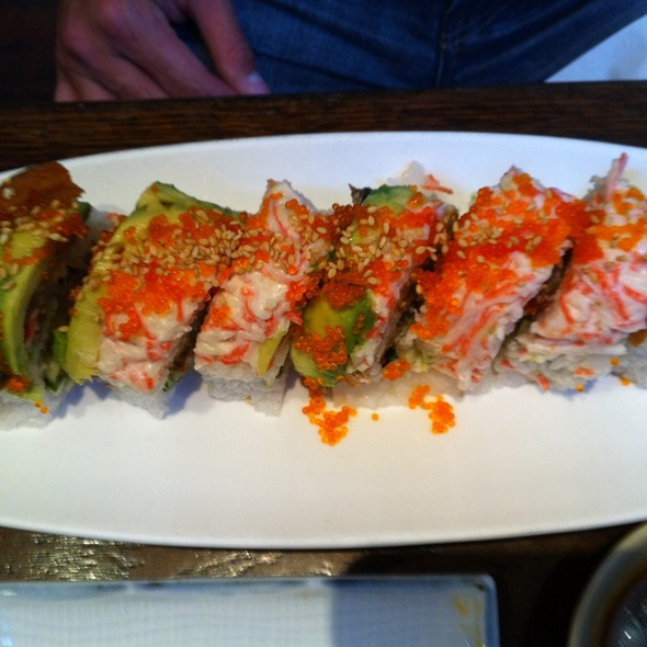 Super Dragon Roll @ Old Town Sushi