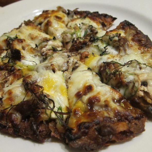 Kurobuta Chashu Miso Pizza @ Gochi Japanese Fusion Tapas