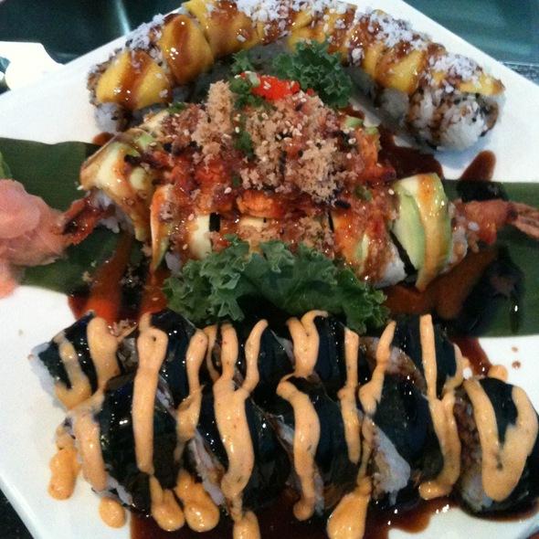 Sushi @ Bento Cafe