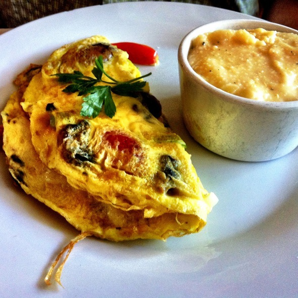 Tomato, Mushroom, Leek, Brie Omelette @ Sun In My Belly