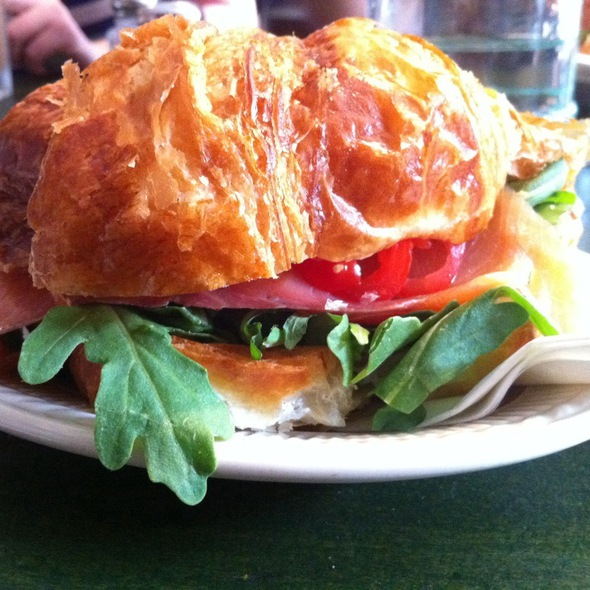 Croissant With Smoked Salmon, Brie And Arugula @ Epistrophy Cafe