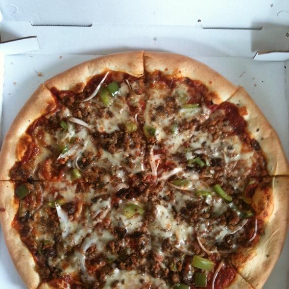 Mushroom, Onion, Green Pepper, And Hamburger