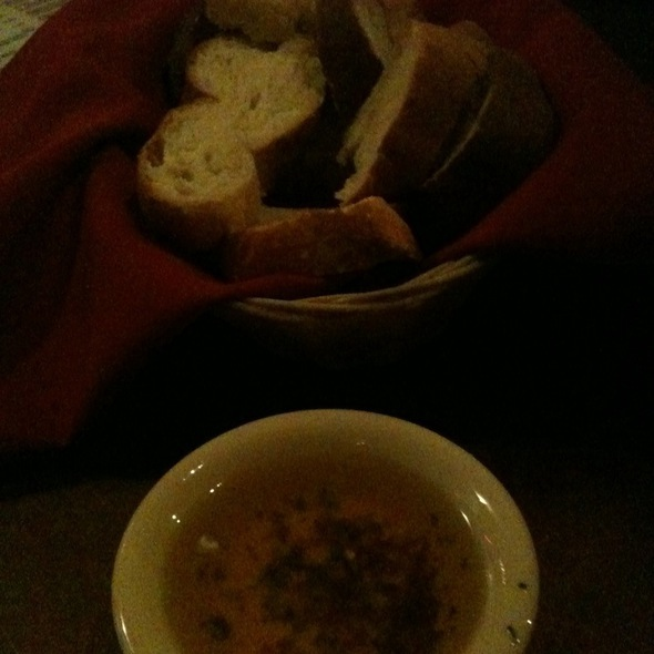 Fresh Olive Oil & Bread @ Mi Luna
