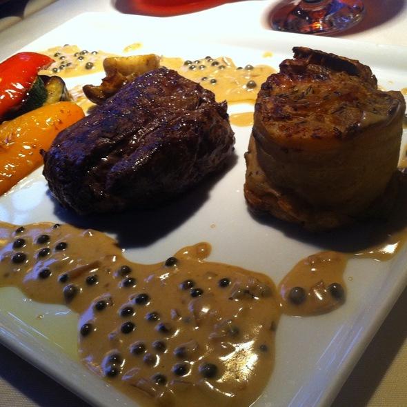 Steak With Black Pepper Sauce @ Гадкий Утенок