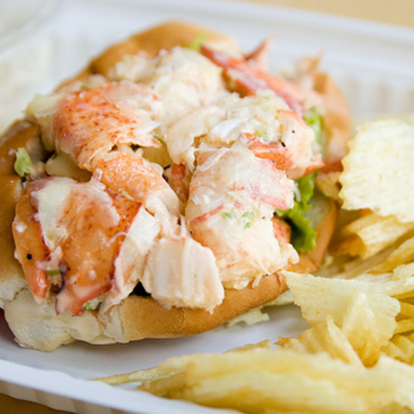 Lobster Roll (Sandwich) @ Lobster Place Seafood Market