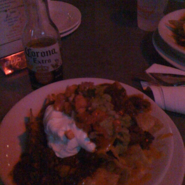 Chicken & Chorizo Nachos @ Pete's Tavern