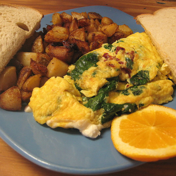 Spinach and Sun-dried Tomato Omelette