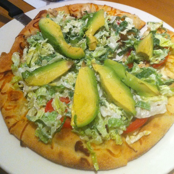 California Club Pizza