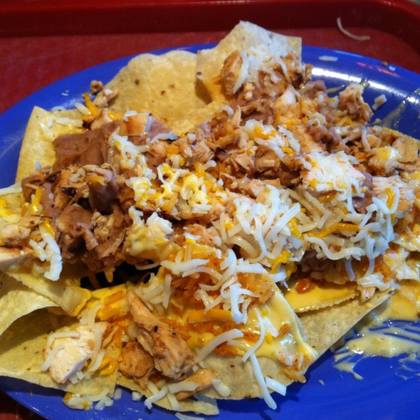 Nachos with Chicken @ Izzo's Illegal Burrito - Citiplace