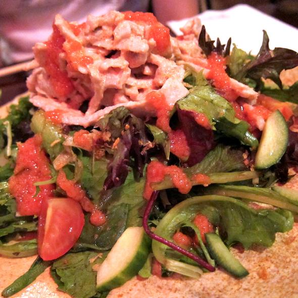 Shabu Shabu Pork Salad with Spicy Caviar and Fried Garlic @ Hakata Tonton