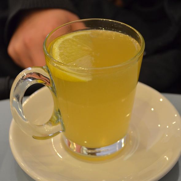 Honey Lemon Tea @ Caffe Bom